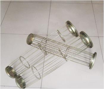 多接头manbetx官方网站手机版骨架是采用直径为3-4毫米的冷拔碳钢丝或不锈钢丝为原材料,由纵筋和支撑环纵横叠交焊接成的笼形件,直径从120毫米到160毫米不等.